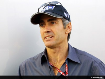 Mick Doohan evaluates an excellent day´s work for Honda