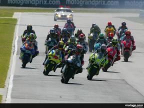 El pleno de Aprilia en Suráfrica la sitúa en el liderato de los 250 cc