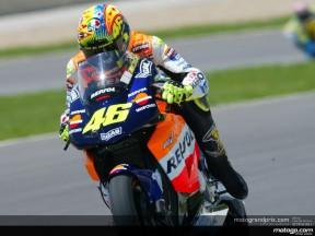 Rossi y Kato marcan el ritmo en MotoGP