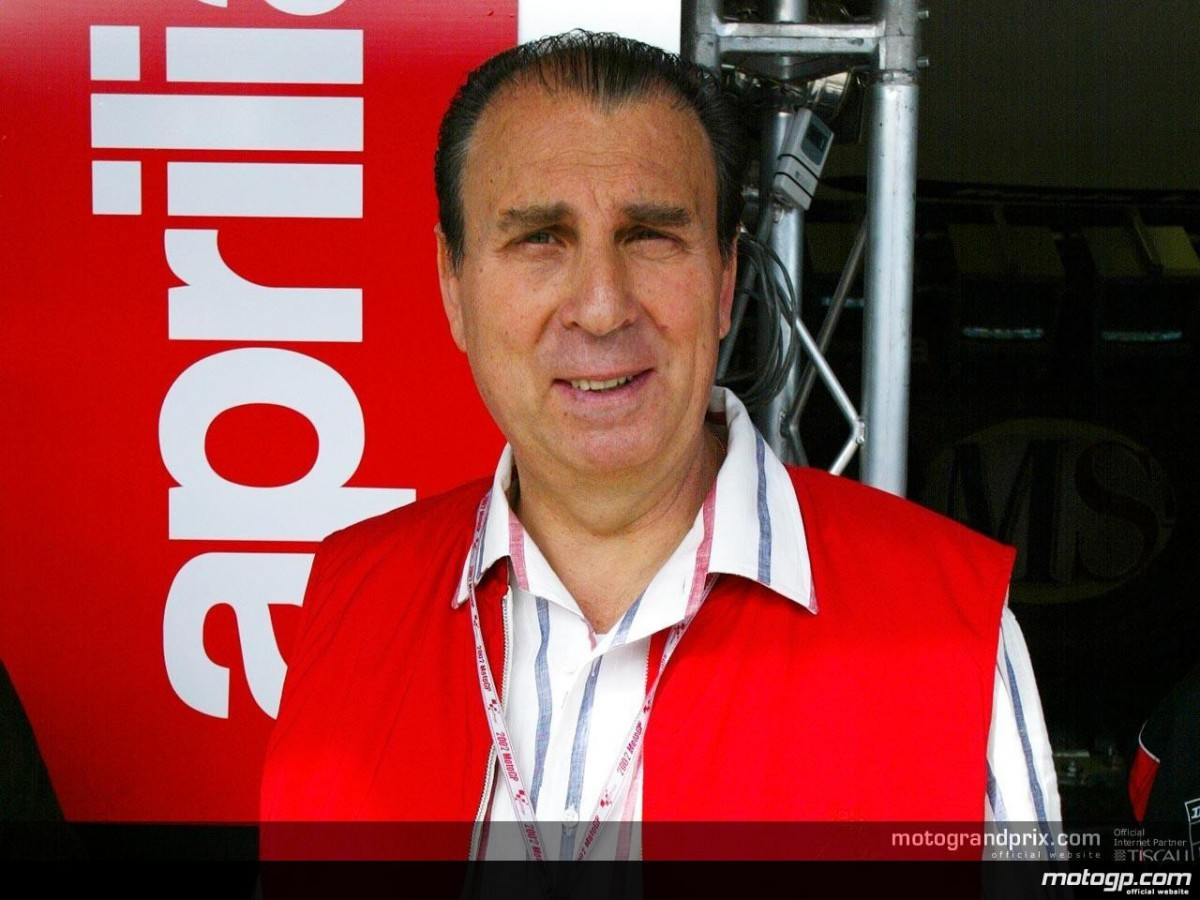 Ivano Beggio, Aprilia President, evaluates progress of the RS3 project   MotoGP™