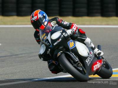 Melandri believes the title is now a two horse race