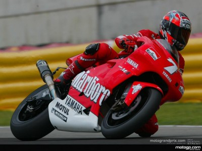 Checa claims provisional pole ahead of the Italian riders