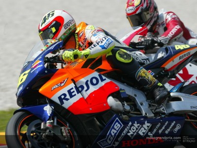 Rossi posts extraordinary time to take pole in Mugello