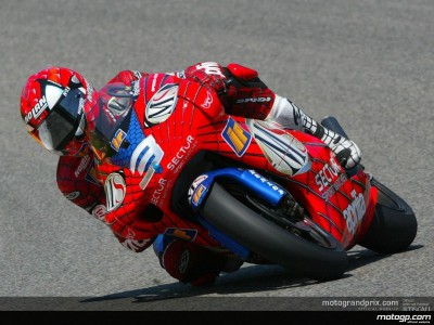 Melandri races to his second win of the year in home GP