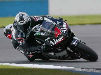 Barros takes pole position while Rossi and Ukawa are out of action