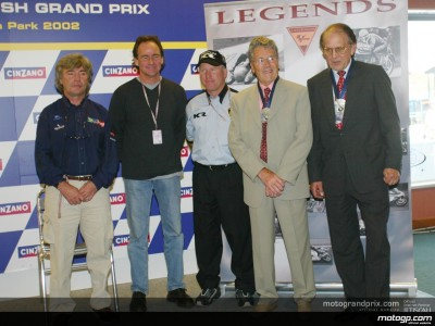 Omaggio per Phil Read e Geoff Duke a Donington
