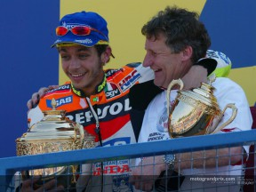 The Repsol Honda Team increases further its lead after Rossi´s win in Donington