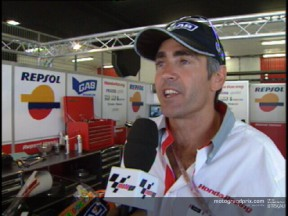 Mick Doohan reacts to the shock Jacque attack