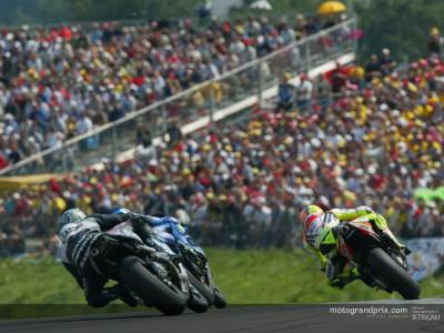 L´affluence en MotoGP augmente de 10% sur la première moitié de la saison 2002