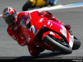Carlos Checa signe sa première pole avec Yamaha