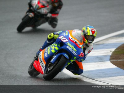 Fonsi Nieto wins under the rain despite mid-race crash
