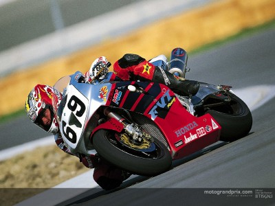 Nicky Hayden to ride for HRC in 2003 MotoGP class