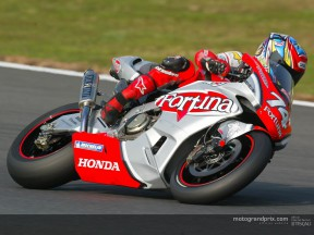 Kato takes debut MotoGP pole on home territory