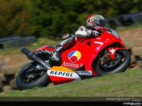 Abe, prudent pour ses premiers tours de roues au guidon de la Yamaha M1