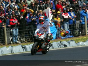 The road to the 250cc World Championship title for Marco Melandri in 2002