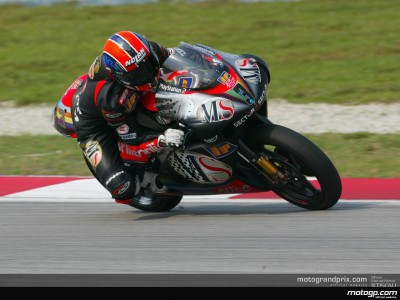 Melandri and Aprilia close to new records