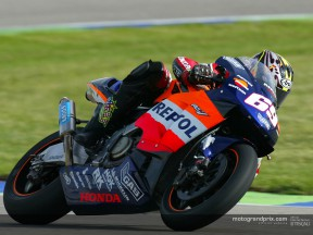 Hayden on Rossi and the RC211V