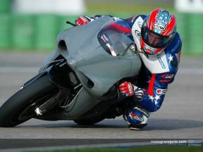 Aprilia complete Valencia tests
