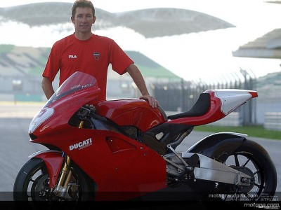 Troy Bayliss keeping fit between tests