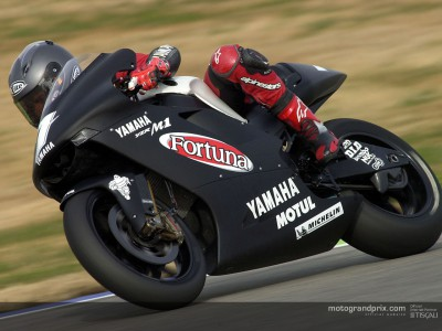 Checa crashes on first day of Yamaha test at Catalunya