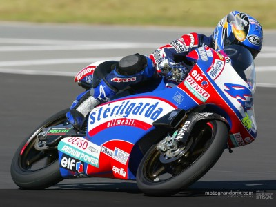 Youichi Ui defends pole at Welkom