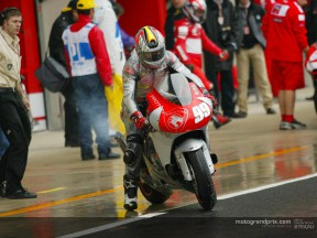 McWilliams fastest in wet, Rossi on pole