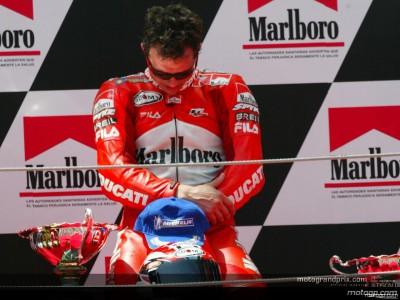 Capirossi e la Ducati conquistano la loro prima vittoria di sempre in MotoGP
