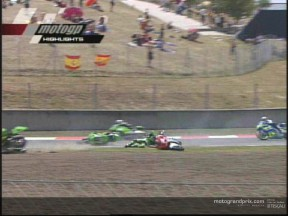 McWilliams and Pitt give their versions of the first lap melee at Catalunya