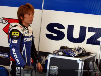Kagayama to replace Roberts again