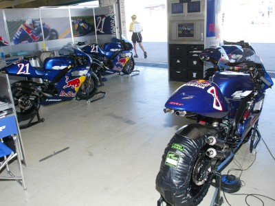 WCM to race 500cc Yamahas at Donington