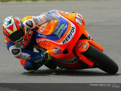 Nieto clocks new record on first day at Donington
