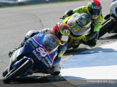 Barbera clinches debut victory as Pedrosa falls on the last lap