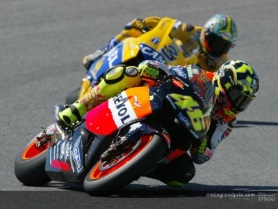 Rossi eases to fifth win of the year