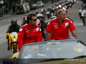 Bayliss and Capirossi participate in a Ducati Parade in Melbourne before returning to work