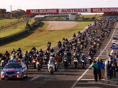 Sheene tribute opens track action at the island