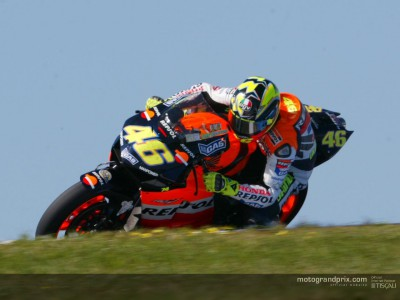 Rossi cuts loose at the Island