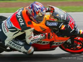 Melandri and Hayden shine as bright as MotoGP's future in Australia