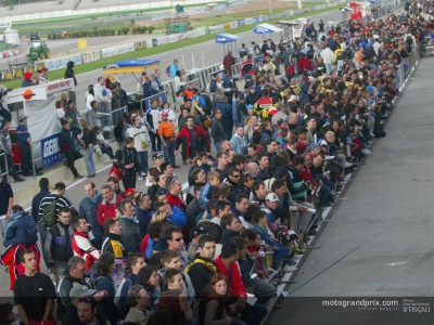 La MotoGP è sbarcata di nuovo in Europa per l'ultima gara del 2003