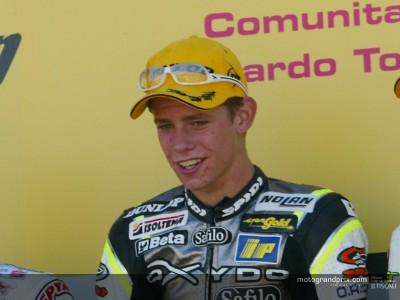 Stoner fête sa première victoire en signant pour KTM