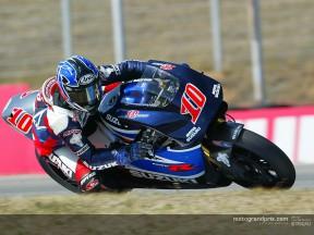 Suzuki prepara su primer entrenamiento sin saber qué neumáticos utilizará