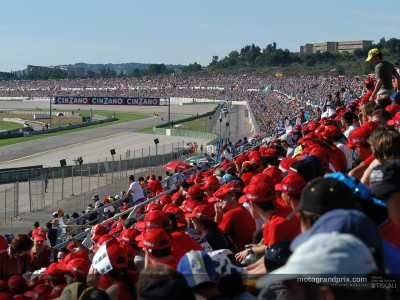 MotoGP continues to record increasing onsite crowds