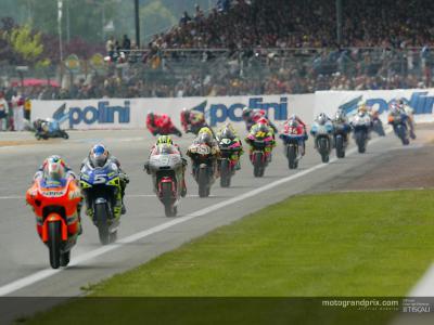 Vota e guarda di nuovo la miglior gara del 2003 della 250cc
