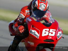 Loris Capirossi: 'Rossi will win with Yamaha next year'
