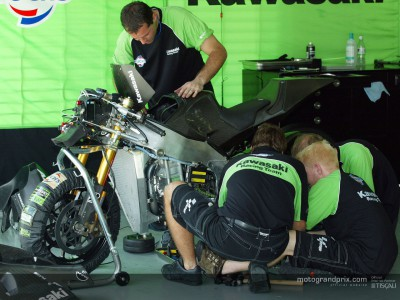 Reactions from the Kawasaki garage after the second day in Sepang