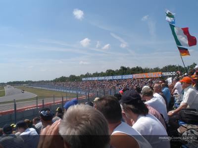 MotoGP official website launched in Dutch and Portuguese