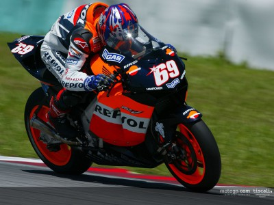 Hayden sets the standard with Sepang scorcher