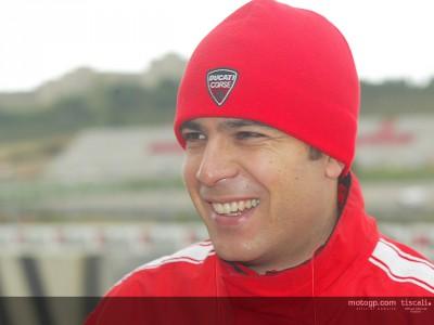 Cecchinelli admite que Ducati tiene trabajo por delante
