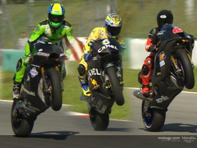 Spectacular wheelies from the Sepang test