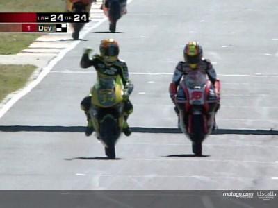 Dovizioso gana su primera carrera, Nieto roza el podio