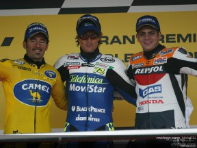 Gibernau takes wet home win